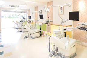 はじめ歯科医院 診療室1