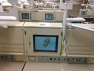 臨床講師を務める日本歯科大学新潟病院に出勤